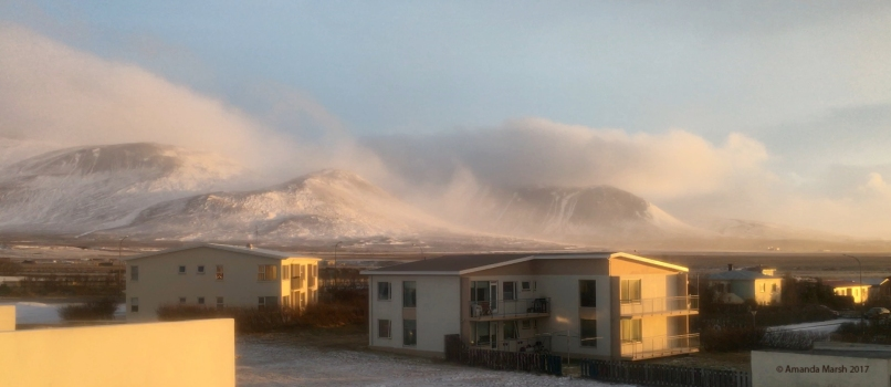 80 km/h winds, ephemeral light, 4pm.